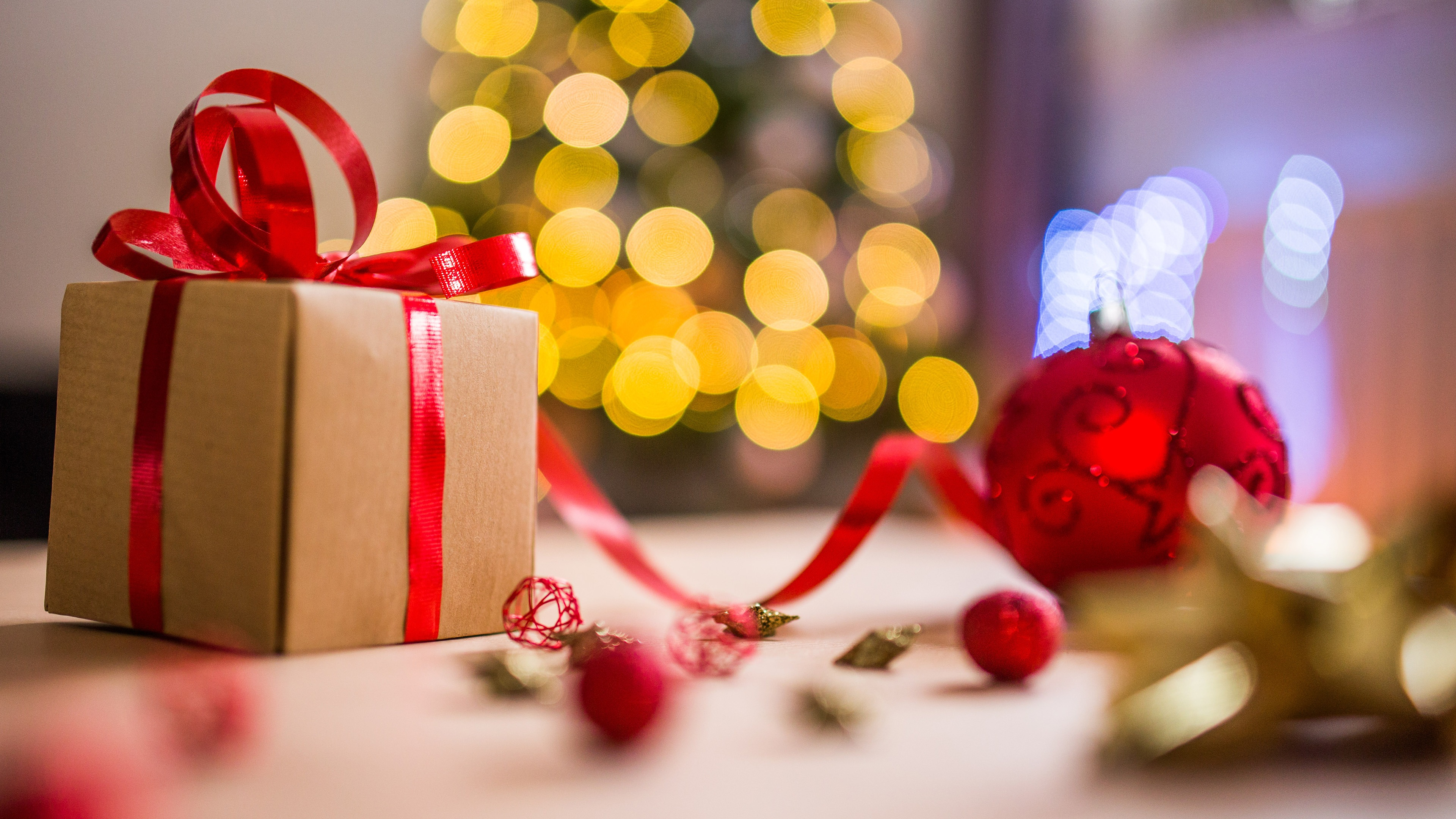 Christmas Gift Decorations Image Background 4k