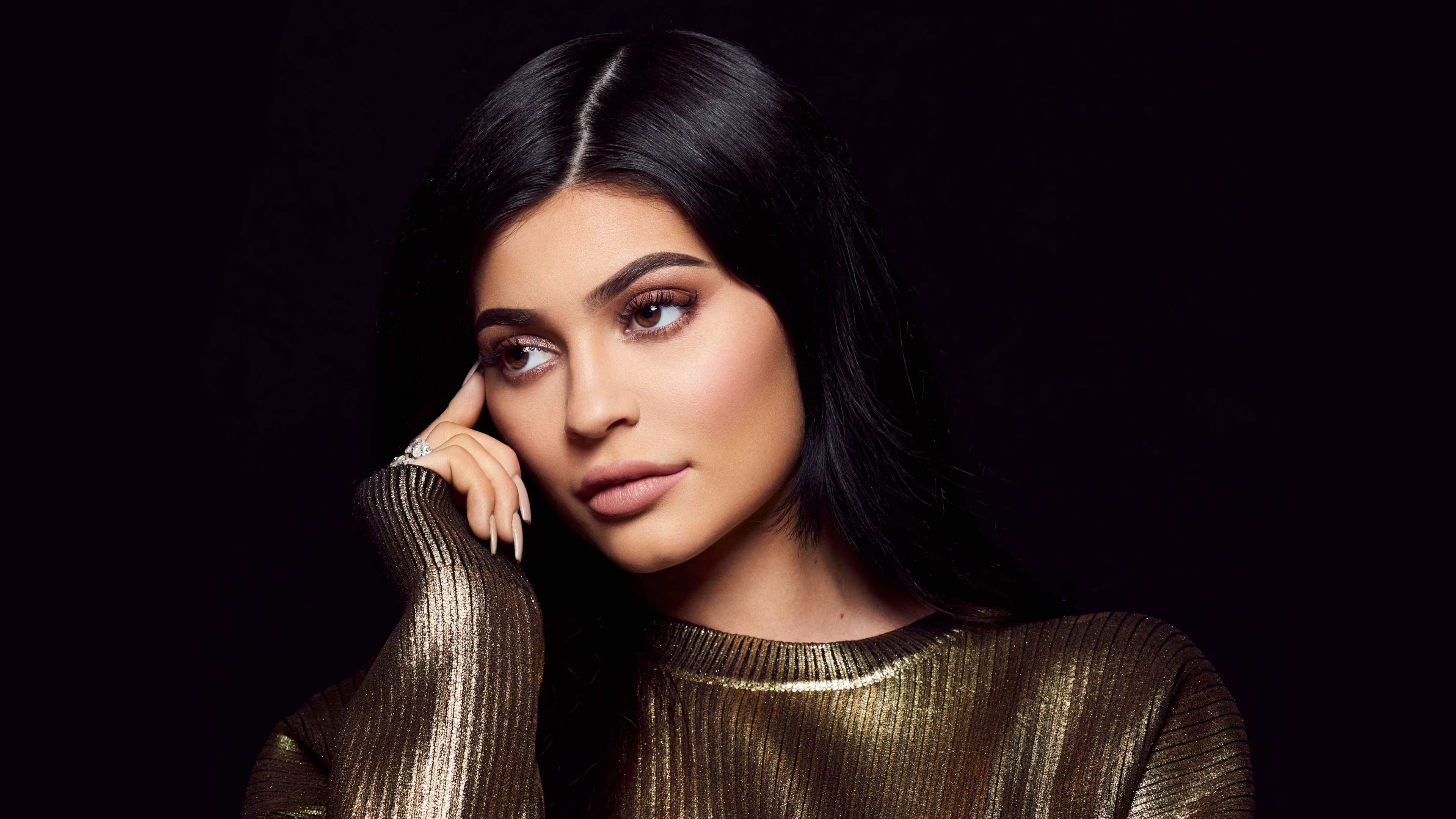 Kylie Jenner photo 4k Wallpaper