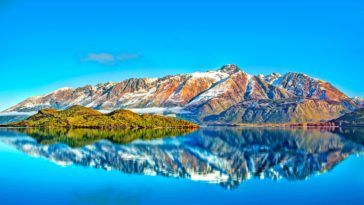 Mountains Morning View in New Zealand Wallpaper