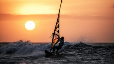 Amazing Windsurfing Surface Water Sport Wallpaper 4k