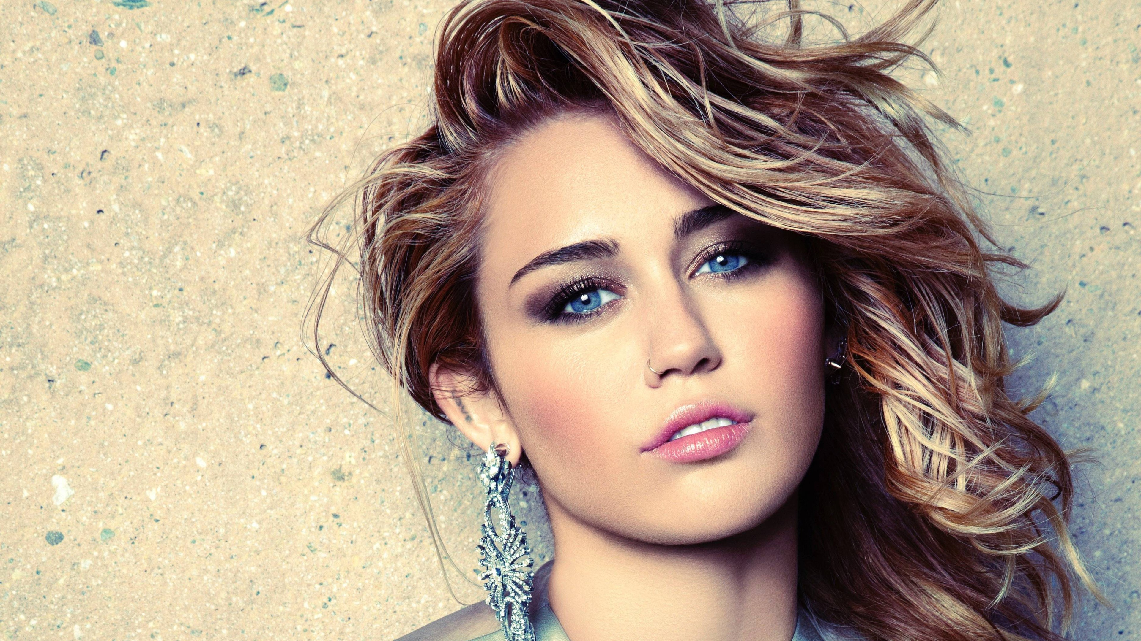 Miley Cyrus Photo 4K Wallpaper HD