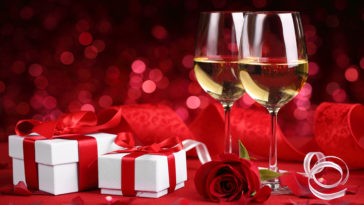 Valentines Party Romantic Red 4k Background