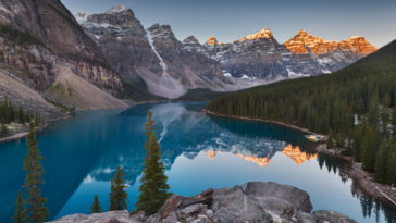 Moraine Lake Sunset 4K Photo Wallpaper for Desktop