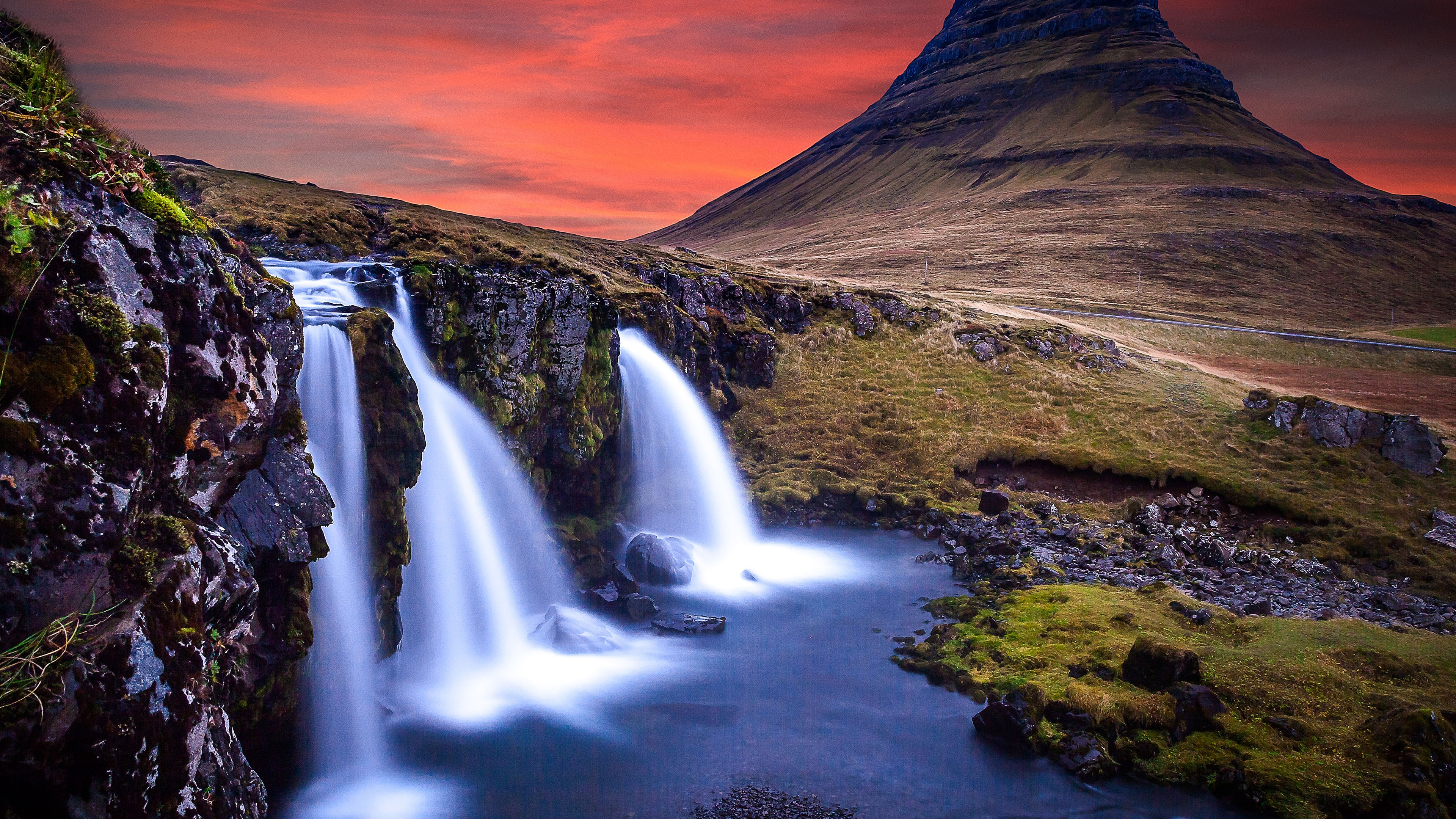 Iceland Kirkjufell Waterfall High Quality Photography Desktop Wallpaper
